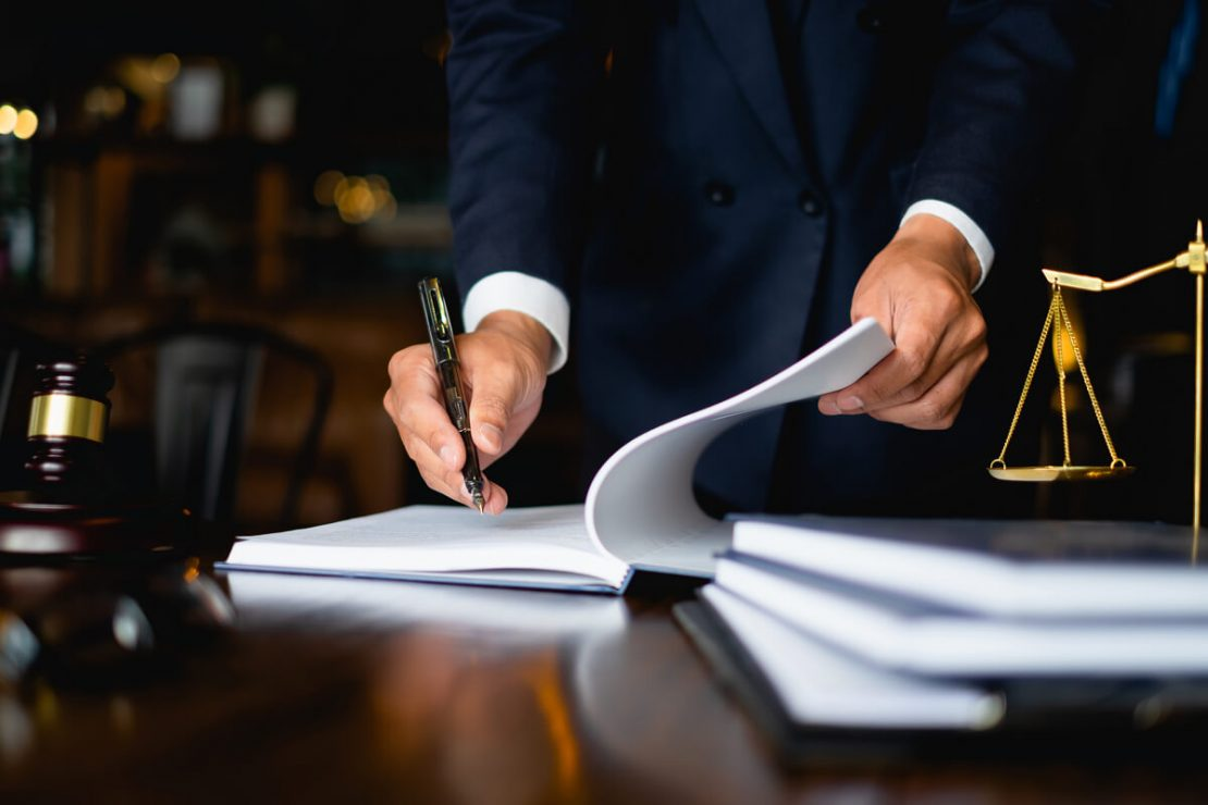 When to Get an Immigration Attorney
